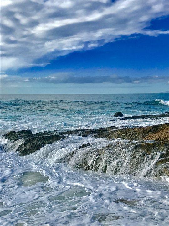 Victoria Beach Waterfalls - Laguna Beach Colors
