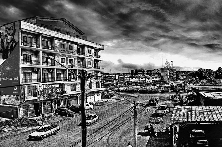 Babi City Black And White Edition - BongoCity