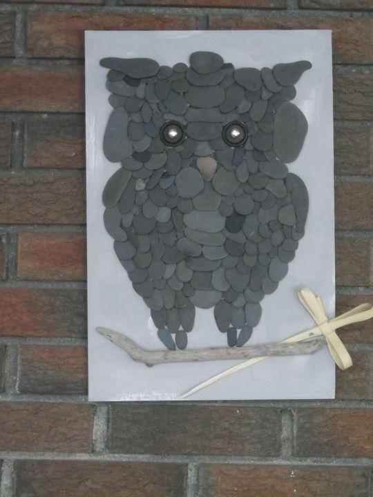 Big Owl - Lenda's Stone Corner
