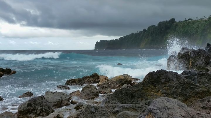 Laupahoehoe Point - Photography by Pamela