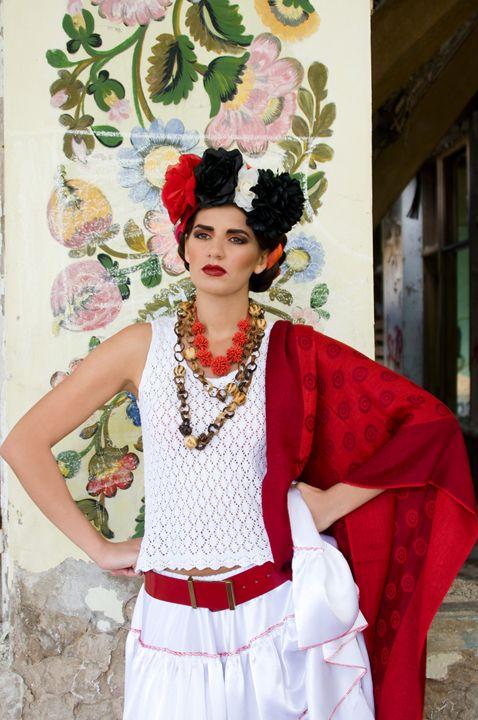 Frida Style Photo - Esteri Photo & Art