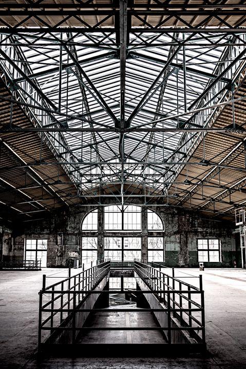 Abandoned wharehouse - Photography Vos