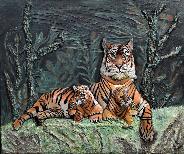 Tiger Mom with her 2 Cubs - 3DLeatherart