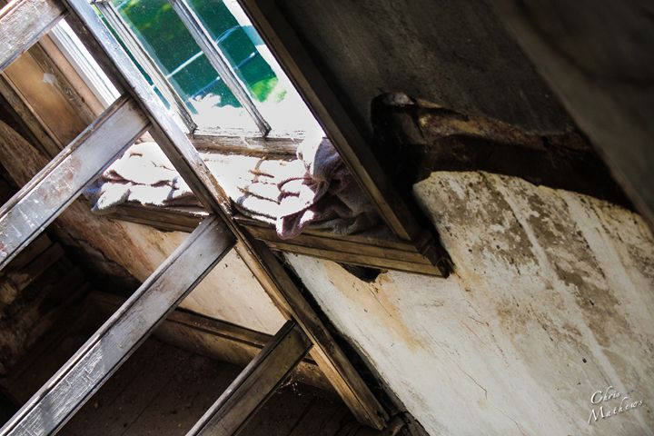 Decrepit Window - Chris Mathews | MCP Film.com