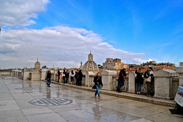 ROME BY ROOFTOP - Lady Marie