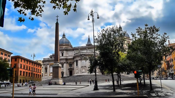 ROMAN CITY STREETS - Lady Marie