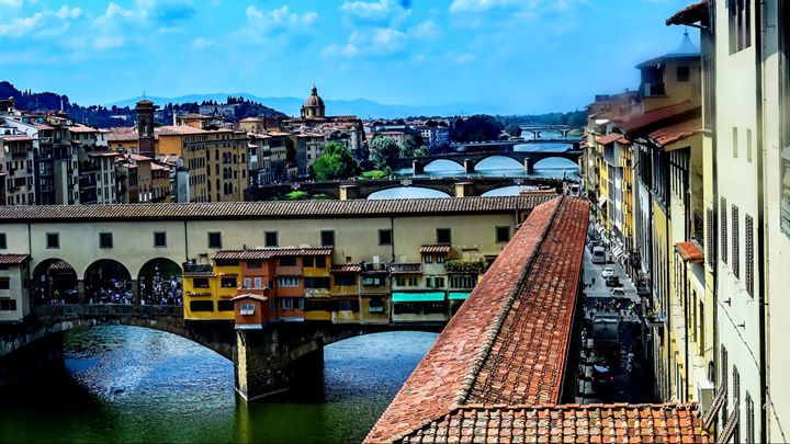 FLORENCE BY ROOFTOP - Lady Marie
