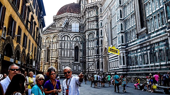 TOURING FLORENCE - Lady Marie