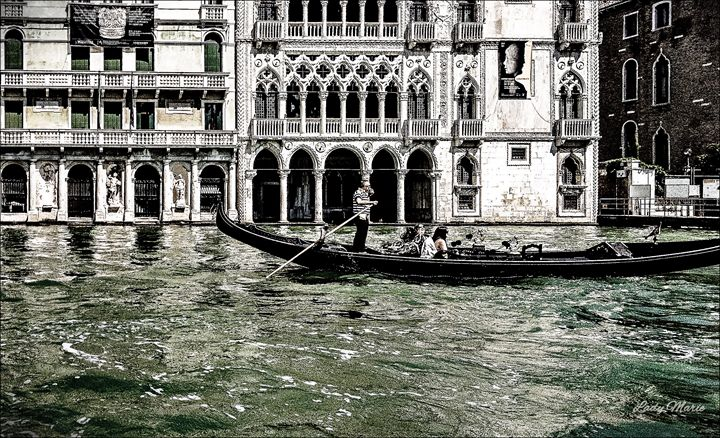 GONDOLA RIDE ON THE CANAL - Lady Marie
