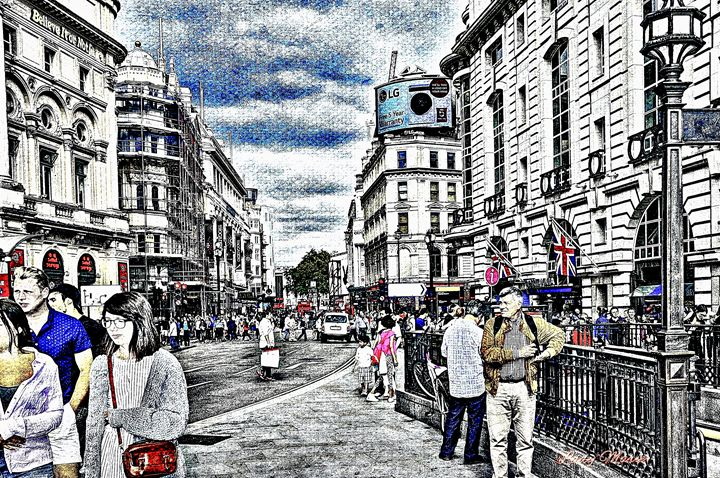 PICADILLY IN LONDON - Lady Marie