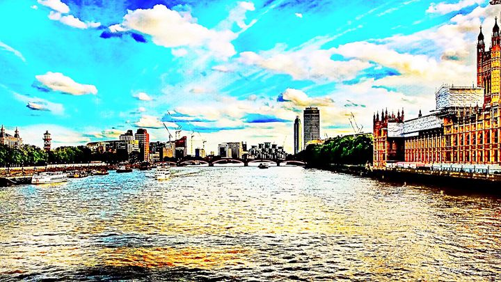 COLOR ON THE THAMES - Lady Marie