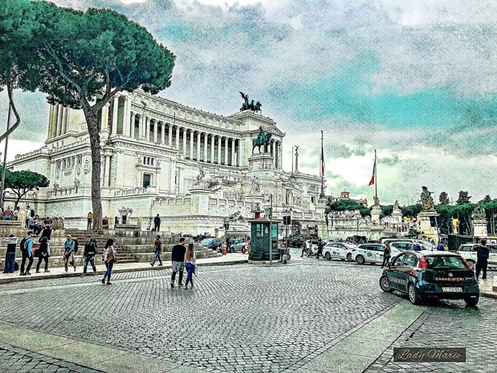 ROME-TREVI - PIAZZA VENENZIA - Lady Marie