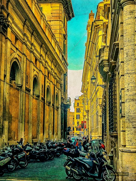 ON THE STREETS OF ROME - Lady Marie