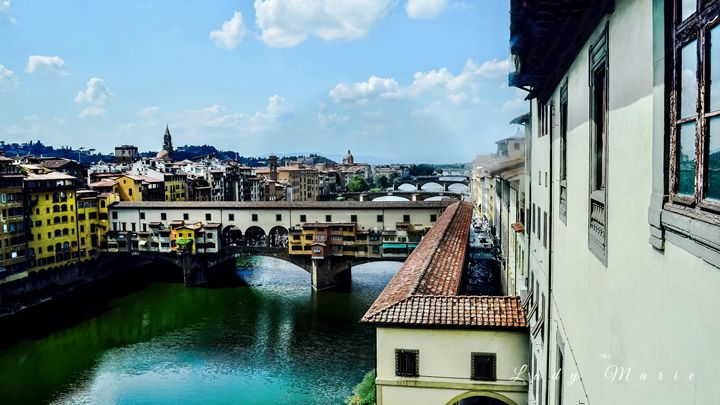 Florence by Rooftop Full view - Lady Marie