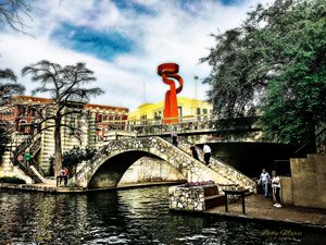 SAN ANTONIO RIVERWALK - Lady Marie