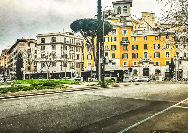 ROAMING ROME - Lady Marie