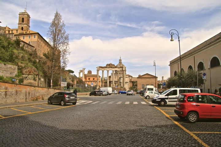 Streets of Rome - Lady Marie