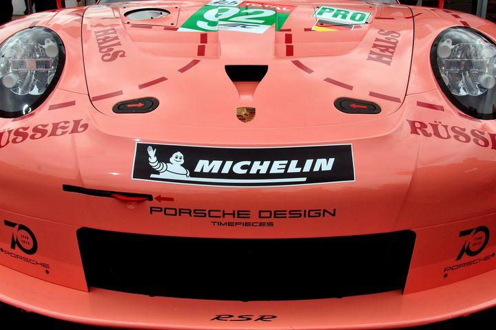 Porsche 911 RSR no92 Pink Pig - Andy Evans Photos