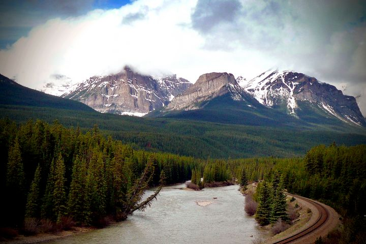 Canadian Rocky Mountains Bow River - Andy Evans Photos