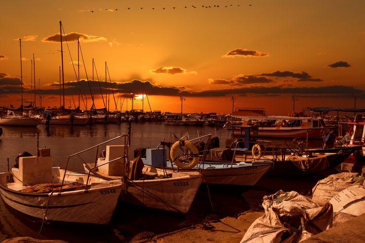 Fisherman's sunset - Tommer Rissin