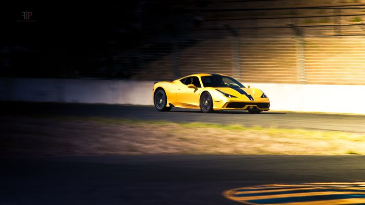 Ferrari 458 Speciale | Breaking Poin - Folk|Photography