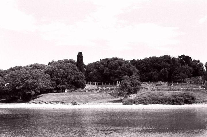 Ruins of a Lost Empire - Guyus Grey Gallery