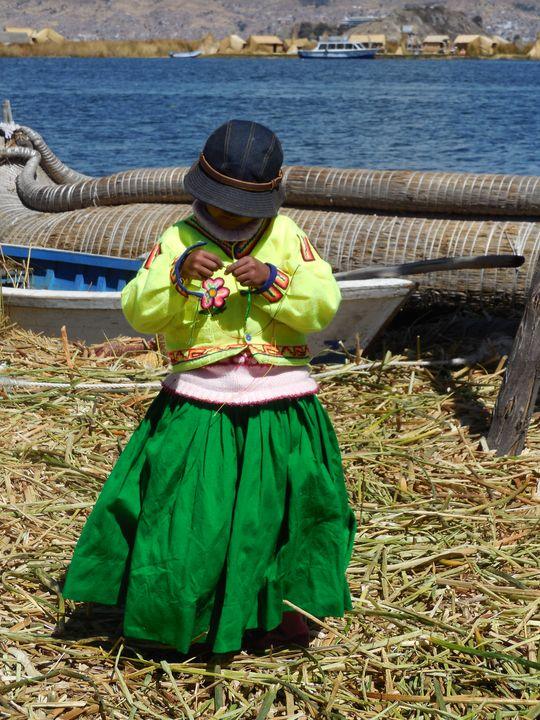 la chiquita del lago titicaca - ChicaLatina