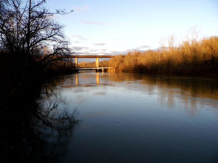 Along the Twelbe Mile Creek - Clinton Michael