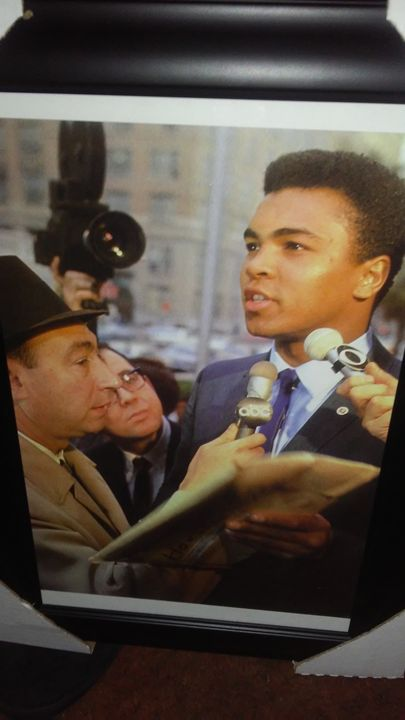 Howard Cosell and Ali - Celebrities Status