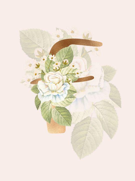 Gold Vintage Rose F Letter - Andreea Eremia Design
