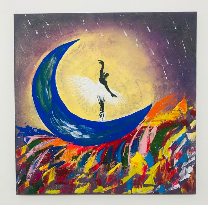 Dancing on the moon - Tanku Art Gallery