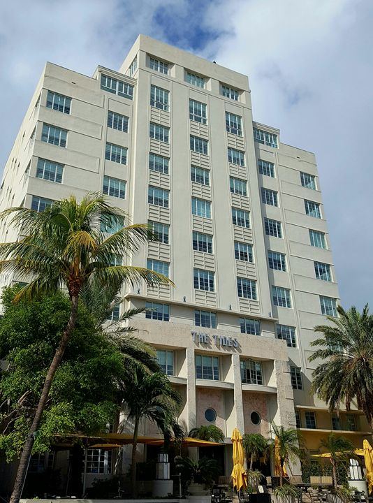 The Tides Hotel - South Beach, Miami Art