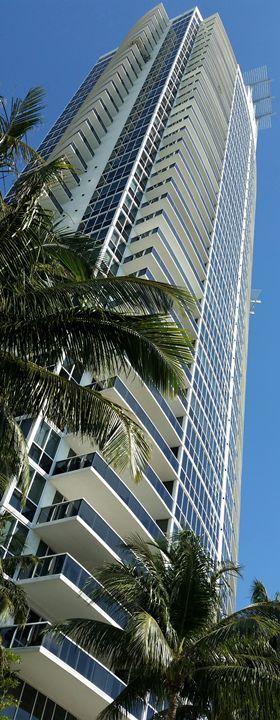 Murano at Portofino - South Beach, Miami Art