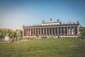 Altes Museum (German for Old Museum) - hanoh iki