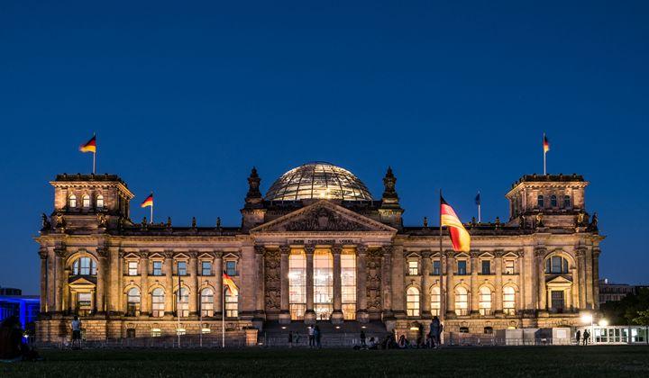 Reichstag /Reichstagsgebäude - hanoh iki