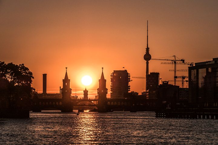 Berlin city skyline with sunset sky - hanoh iki
