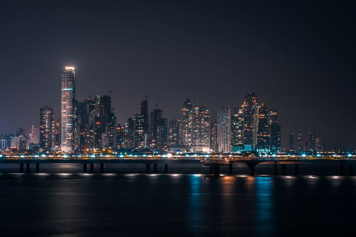 Panama city skyline at night - hanoh iki