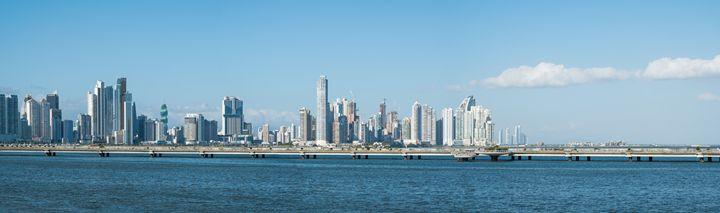Panama City Skyline panorama - - hanoh iki