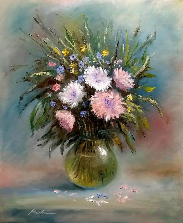 Bouquet in a glass vase - Oleh Rak