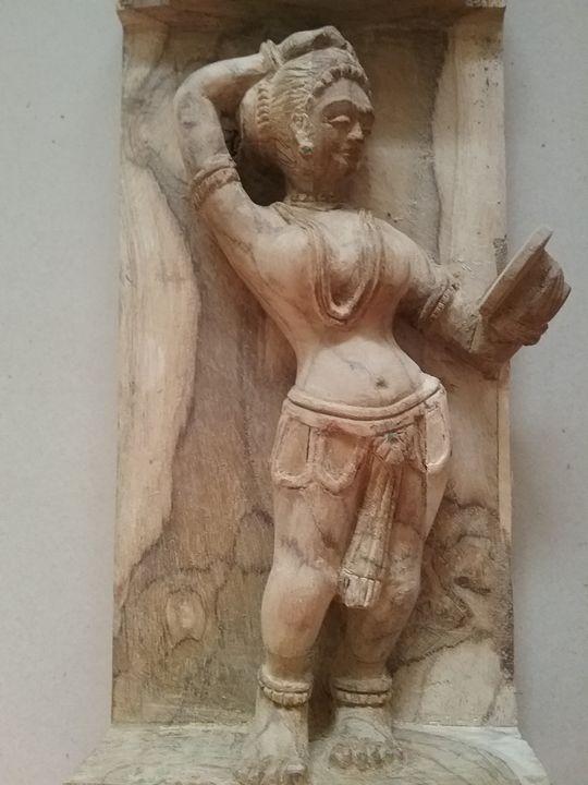 Darpan sundari - wood carvings - MITHILA ARTS