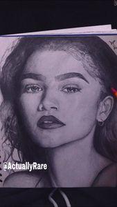 Zendaya realistic drawing