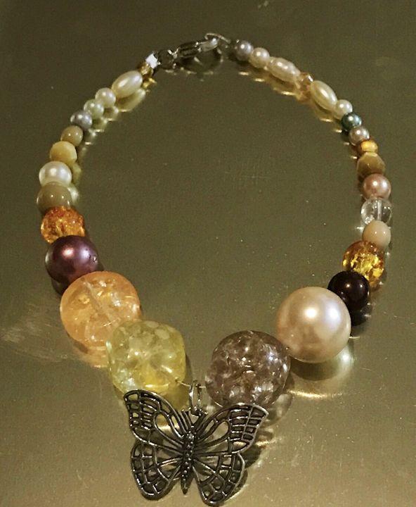 Butterfly Bracelet - Handcraft beads