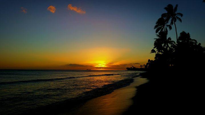 Heaven Shines - Donovan Morgan