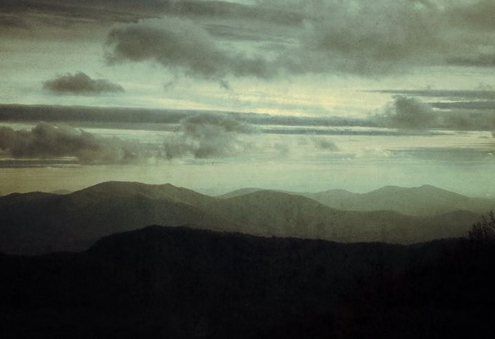 Blue Horizon - Stuart's Art Gallery