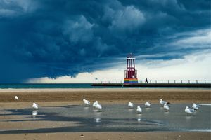 Stormy Lighthouse Chicago Lakefront - Dimas Photographer