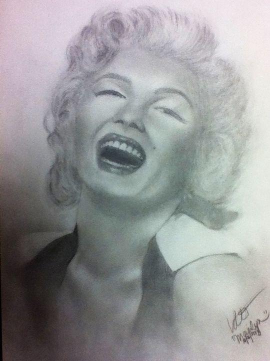 Marilyn - Linda Orr