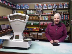 Old Irish shop interior with woman - Atmo
