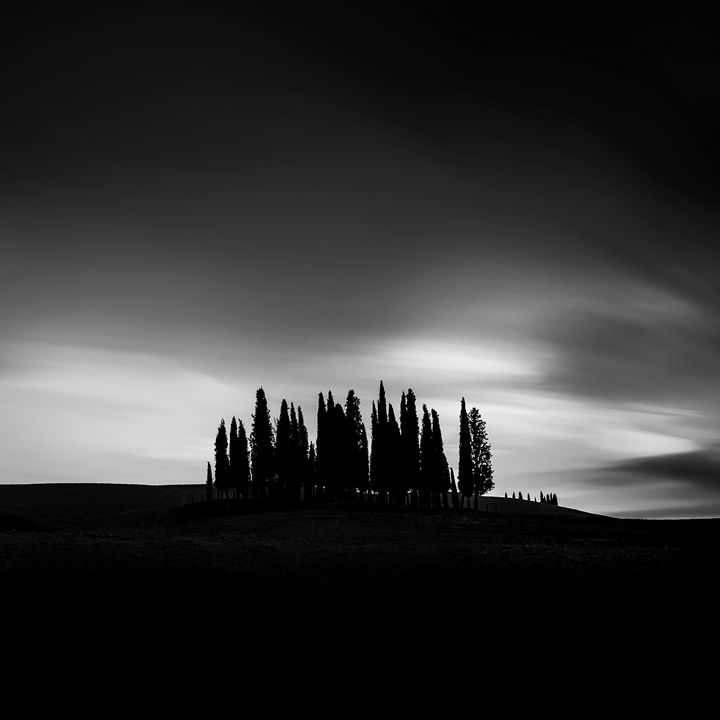 Under Tuscan Darkness (square) - Michal Jesensky