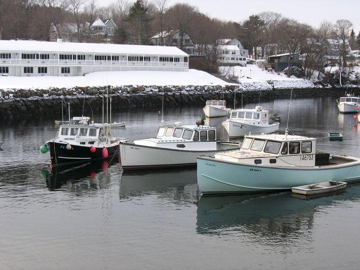 Harbor at Perkins Cove - Michael Henry