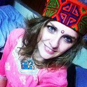 Saskia रिया Sharma